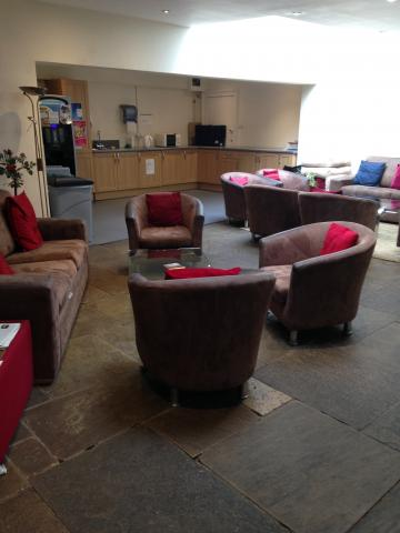 green templeton college – lounge – interior space (2:2) – main area and kitchen