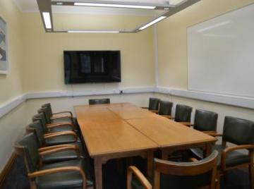 magdalen  grove seminar room  interior space