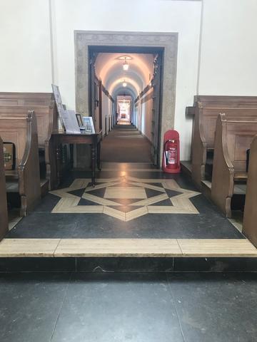 lmh chapel interior 1:1