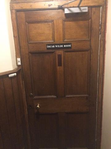magdalen – oscar wilde room – door one (1:2)