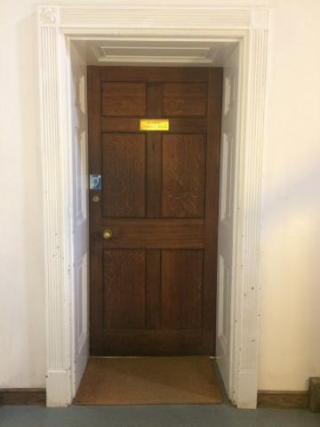 magdalen – summer common room – door (1:1)