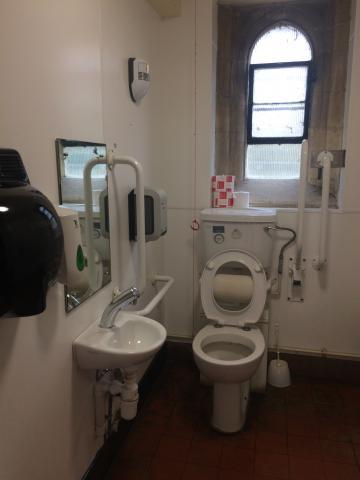 magdalen – toilet 1 (3:3)