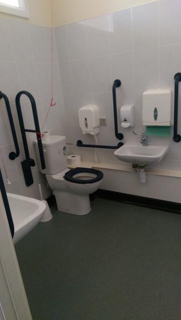 st hilda's – toilet 2 (3:3)
